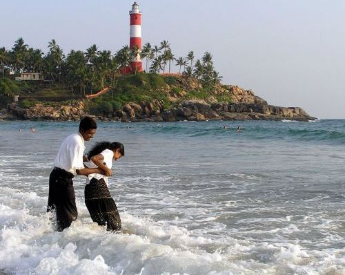 Lighthouse beach for Honeymooners KeralaToursGlobal91